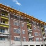 Jerry Castle and Son Hi-Lift - Bennu Scaffolding Platform Series 3 - Four Providence Masonry - Oak Park jobsite